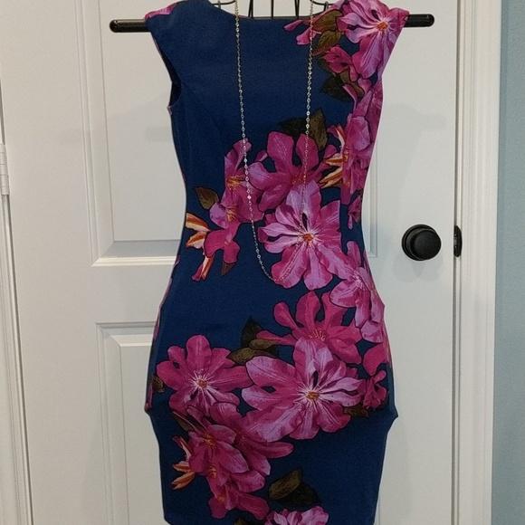 Wisp Dresses & Skirts - Wisp floral print dress